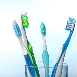 Between the sharpen toothbrush and the cut end toothbrush, which one should the hyper sensitive person use?