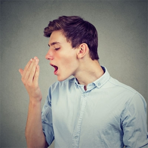 Where does the bad breath locate in the oral cavity? How are the processes to cure it?